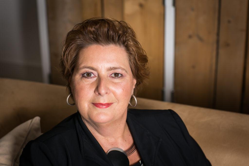 Uitvaartleidster Mirelle Draaijer